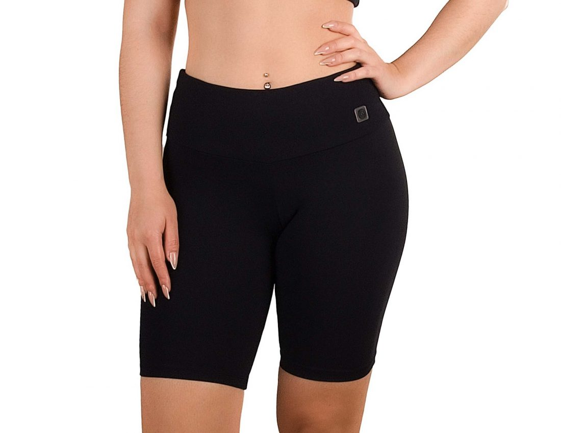 Fit women's shorts with inner pocket