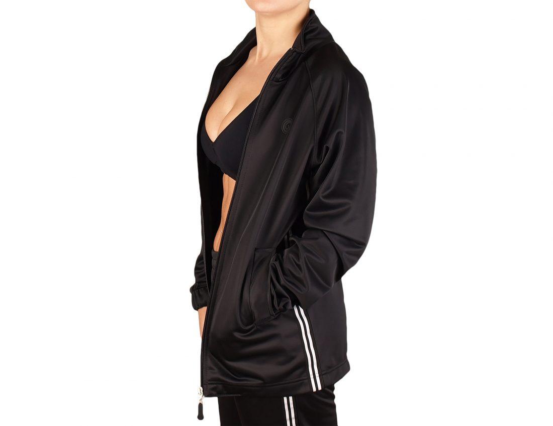 Sport jacket for women with zip